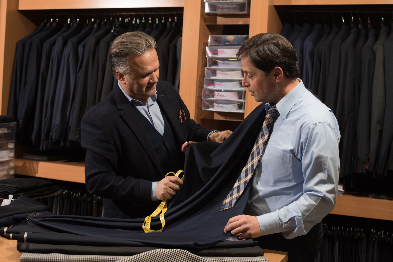 Γιάννης Τσίτουρας Παγκράτι κοστούμια κατά παραγγελία